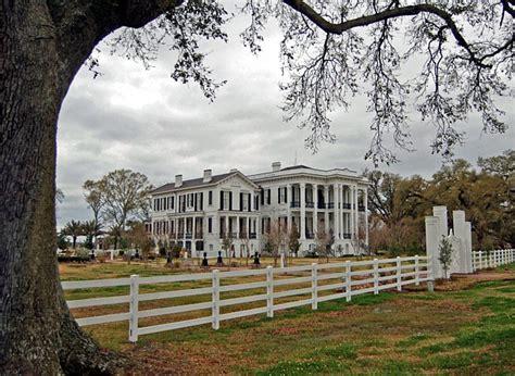 the white ballroom in the nottoway plantation mansion on nottoway mansion louisiana