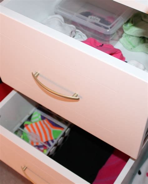 Clothes Drawer 301 Moved Permanently