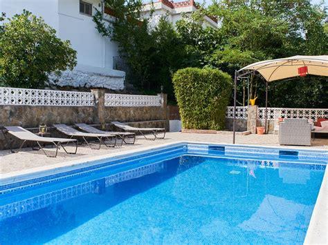 da letto con piscina villa con 4 camere da letto con piscina privata a 6km da