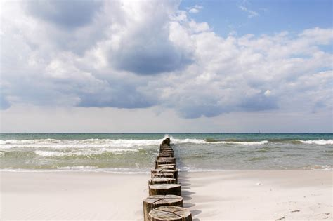 strand liegen strandresort markgrafenheide gl 252 ck und strand liegen