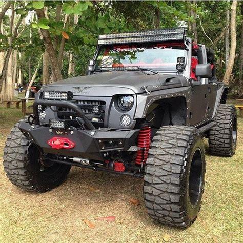 Big Jeep Custom Jeep Wrangler Pictures Jeep Wrangler