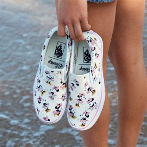 comfortable shoes for disney world 10 cute comfortable shoes for pregnancy photo gallery