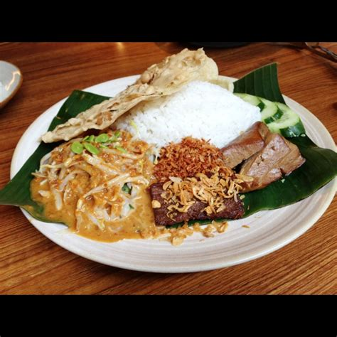 sate khas senayan indonesia burpple