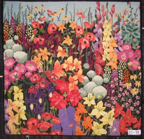 rug hooking blogs hooked in rug hooking magazine wool flowers gardens rug hooking and