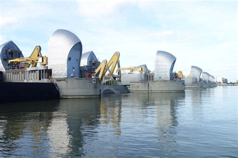 thames barrier effectiveness what is a pathways approach to adaptation coastadapt