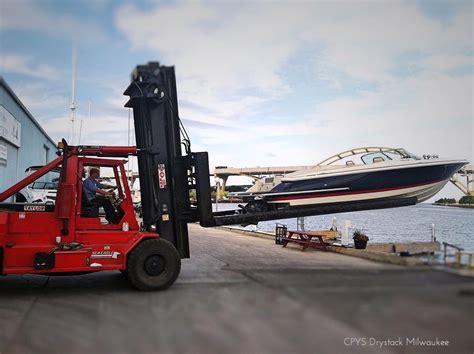 milwaukee dry rack storage centerpointe yacht services - Boat Storage Milwaukee