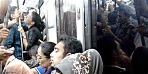 adegan ciuman film remaja indonesia ikuti tren barat remaja indonesia mulai berani ciuman