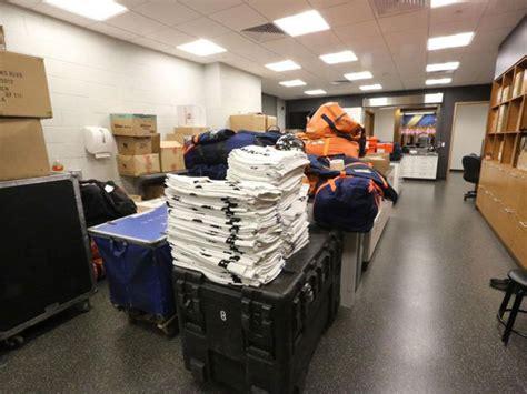 Broncos Locker Room by Images Denver Broncos Locker Room At Metlife Stadium For