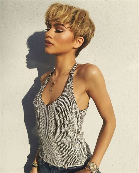 20 Photos That Prove Zendaya Is a Beauty All Star