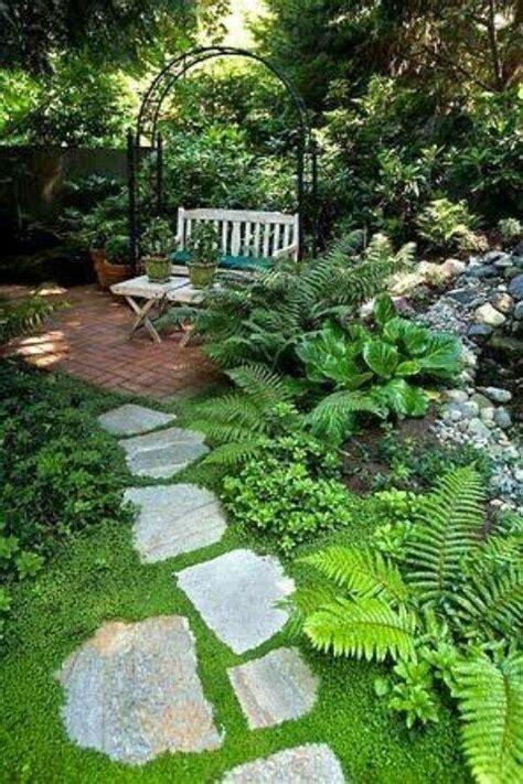 Fern Garden Ideas 25 Best Ideas About Cottage Patio On Cottage Gardens Patio Gardens And