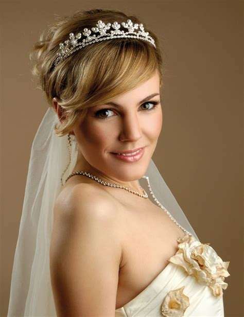 Wedding Hairstyles With Veil On Top by Wedding Veils And Headpieces For Hair Best