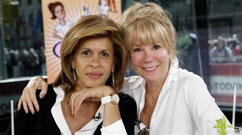 what products does hoda kotb use on her hair hoda since klg s boobs are out at 60 i can be hot at