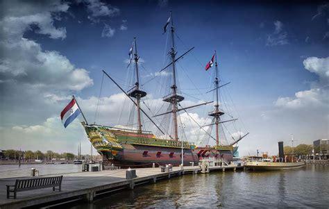 scheepvaartmuseum schip voc schip de amsterdam is jarig wilma takes a break