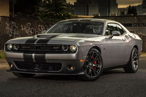 2016 Dodge Challenger by 2016 Dodge Challenger Pictures Information And Specs