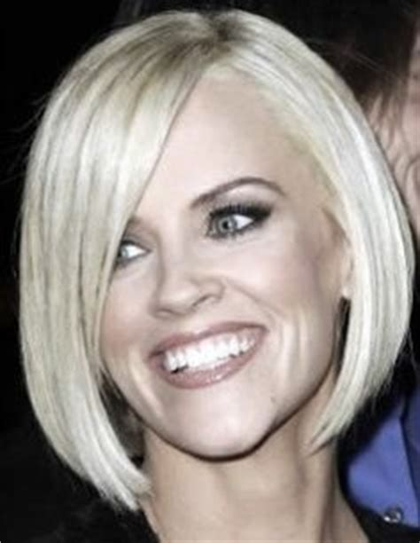 jenny mccarthy long angled bob hairstyle hair style ideas on pinterest karlie kloss bangs and