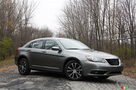 2013 Chrysler 200s by Chrysler 200 S 2013 Actualit 233 S Automobile Auto123