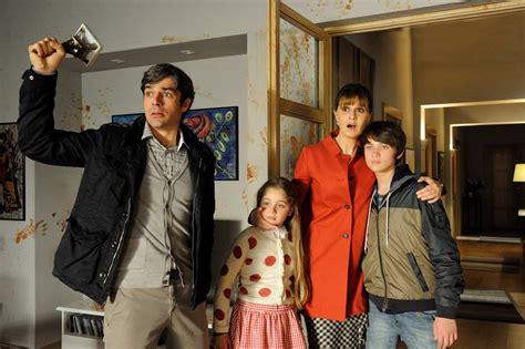 paola cortellesi ha una sorella luned 236 sera in tv un boss in salotto