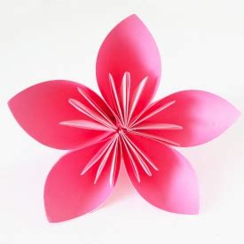 Pretty Origami Flowers - these simple origami flowers are made one petal at a time