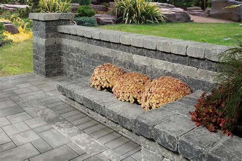 oaks landscaping oaks landscape products retaining wall blocks schut s