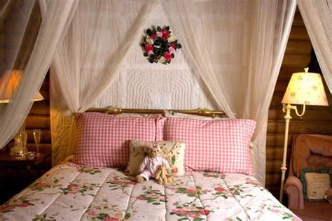 decorating bedroom walls with fabric 15 bed headboard ideas and beautiful wall decorations