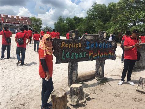 ulasan film laskar pelangi sekolah dasar muhammadiyah laskar pelangi pulau
