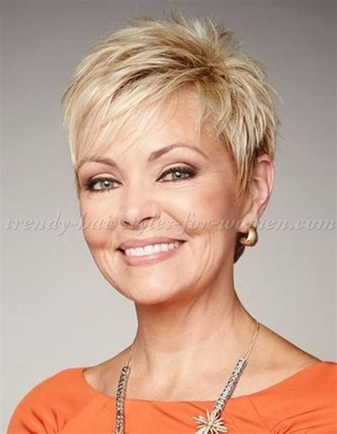 womens hairstyke extremely thi hai short hairstyles over 50 short blonde pixie http