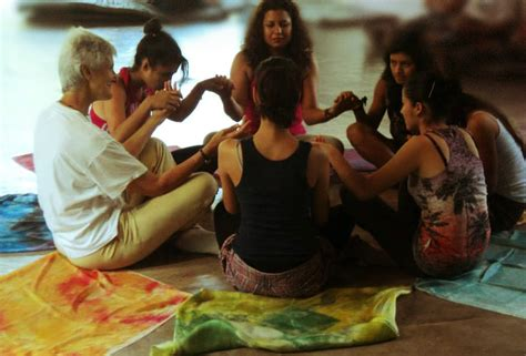imagenes de mujeres unidas orando d 243 nde y con qui 233 nes trabajamos kair 243 s educativo kaired