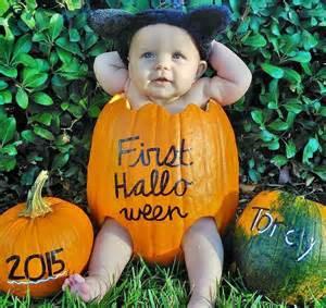 diy baby in a pumpkin wrighting it down