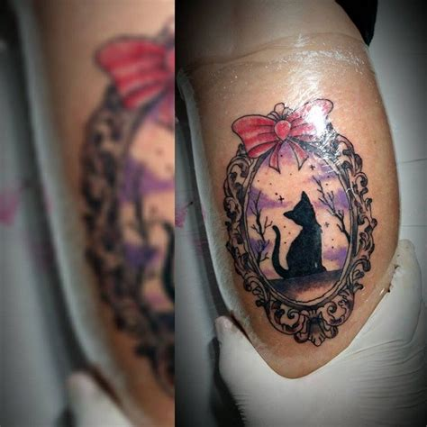 catdog tattoo whitedog cat cattattoo white house