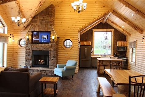 ohio amish country cabins  hot tub  stunning