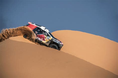 peugeot dakar 2016 peugeot signs sebastien loeb for 2016 dakar attack by car