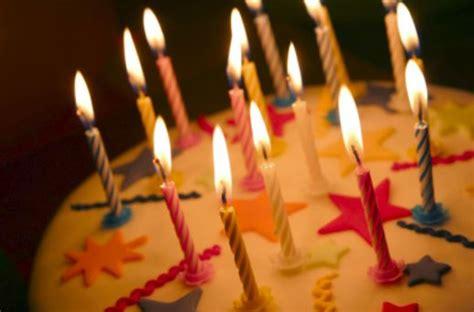torta con candele candeline torta di compleanno virtualblognews