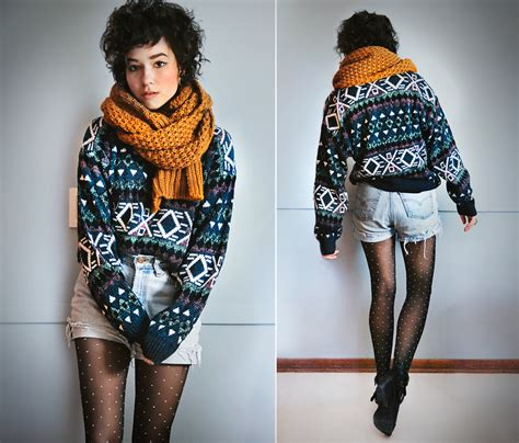Light Sleeper Heavy Dreamer by Mayrhofer Forever 21 Cozy Knit Scarf Thrifted Vintage Oversize Sweater Levi S 174 Diy