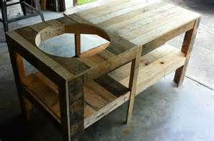 pallet wood kamado grill table 101 pallets