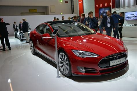 Tesla Frankfurt U S Safety Agency Opens Investigation Into Tesla Model S