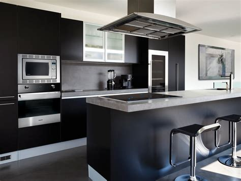 Modern Kitchen With Black Appliances Pictures Of Kitchens Modern Black Kitchen Cabinets Kitchen Cabinet Ideas