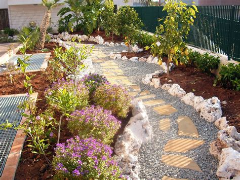 giardino ghiaia ghiaia di fiume per pacciamatura fioriere parcheggi e