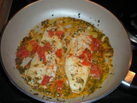 cucinare il merluzzo in padella filetto di merluzzo in padella italiano sveglia