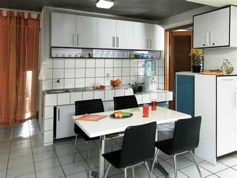 desain dapur plus ruang makan minimalis contoh desain dapur sempit jadi satu dengan ruang makan