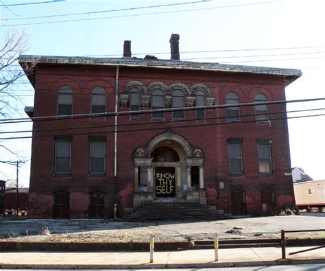 Mba Schools In Pittsburgh Pa by Abandoned Larimer School In Pittsburgh Is Hauntingly Beautiful