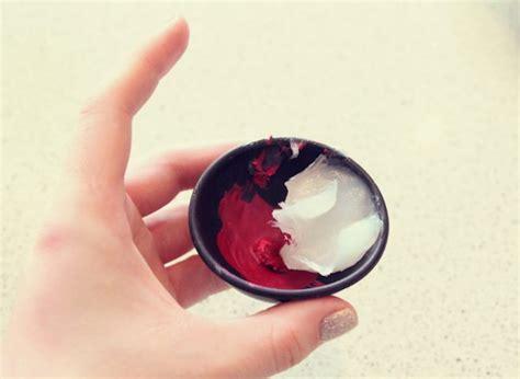 membuat warna coklat alami wow ini dia 5 langkah cara membuat lipstik alami