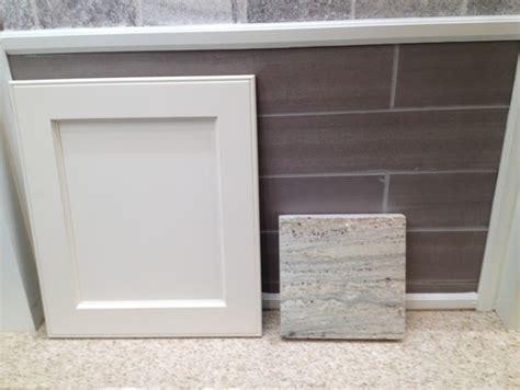paint color  river white granite  beige furniture