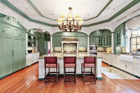 amazing kitchens tour a gated estate in chappaqua new york hgtv s