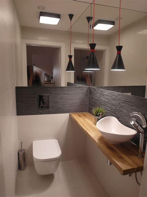 toilette mit dusche und fön bad g 228 ste toilette modern wohnen hausbau wohnen