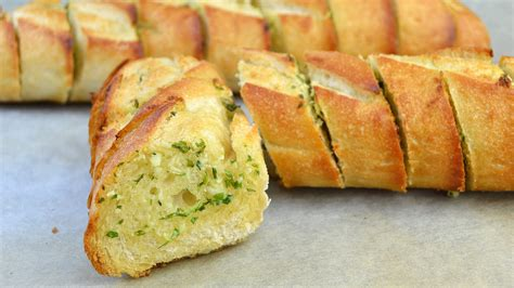 garlic bead how to make garlic bread easy garlic bread