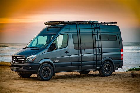 Custom Camper Vans : El Kapitan