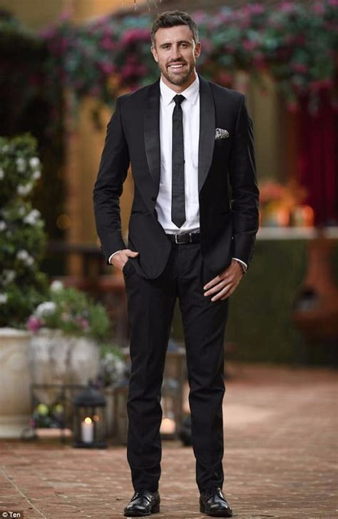 kroger commercial actress bachelorette bachelorette s luke mcleod has worked as an actor before