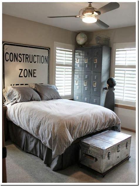 guy bedrooms best 25 guy bedroom ideas on pinterest men bedroom