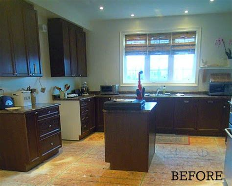 basic kitchen cabinets a builder basic kitchen goes quot bedford gray quot hooked on houses
