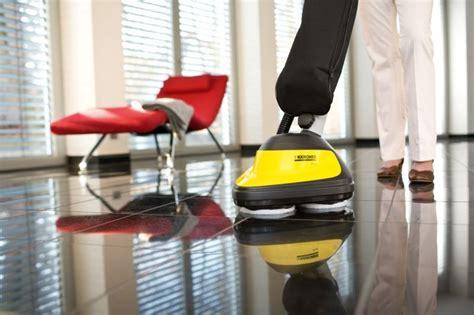 scopa per lavare i pavimenti come pulire un pavimento in pvc